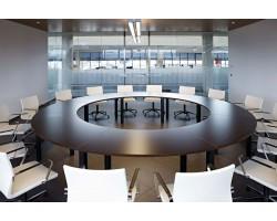 Cool grote ronde vergadertafel