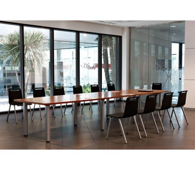 Cool ovale vergadertafel